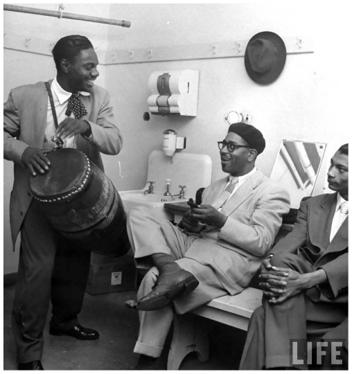 ChanoPozoand DizzyGillespieBackStage1947, LifeMagazine